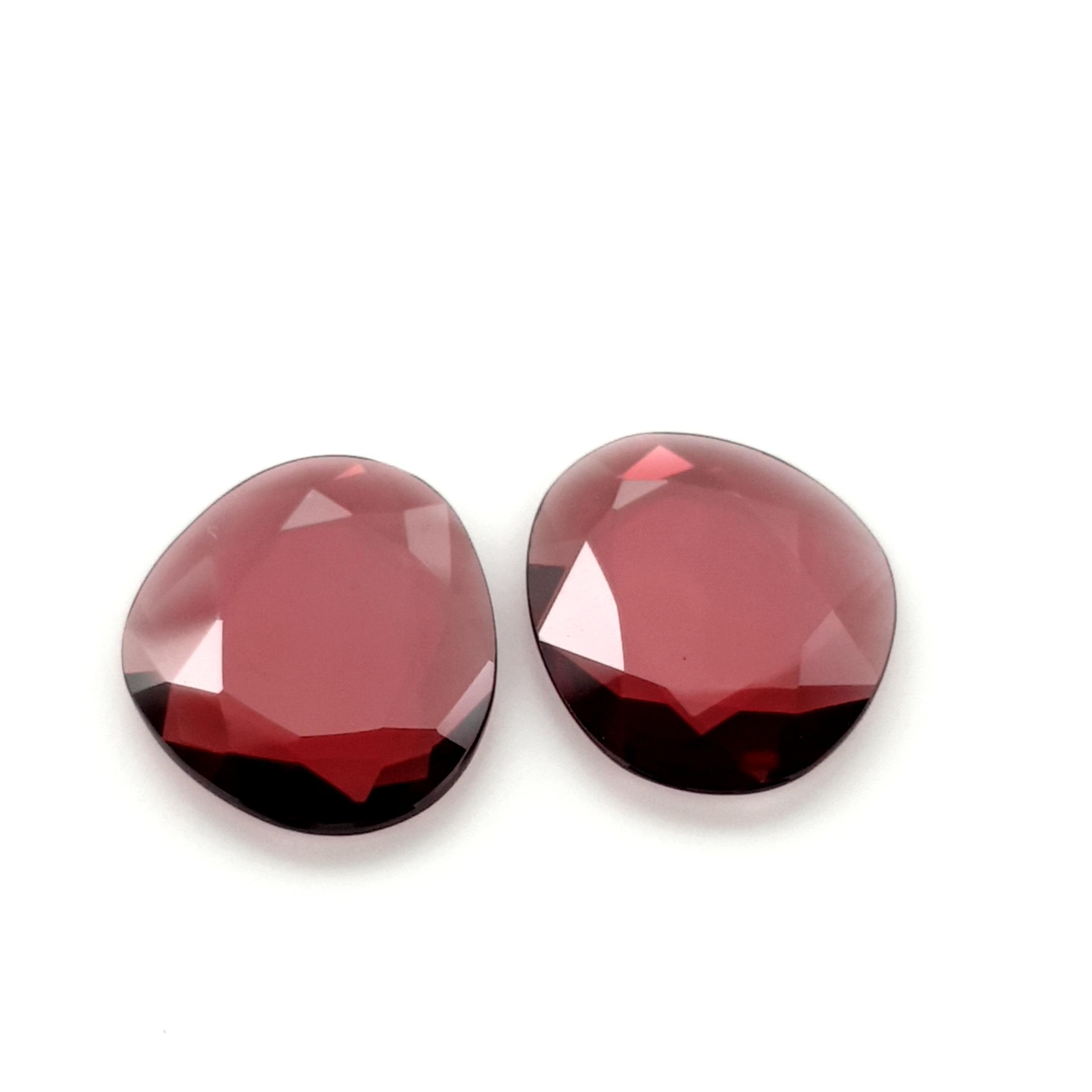 10,18ct. Pair Rhodolite Garnet DoubleRoseCut GRD19C1 ClaudiaHamann__2021-02-28-18-44-19