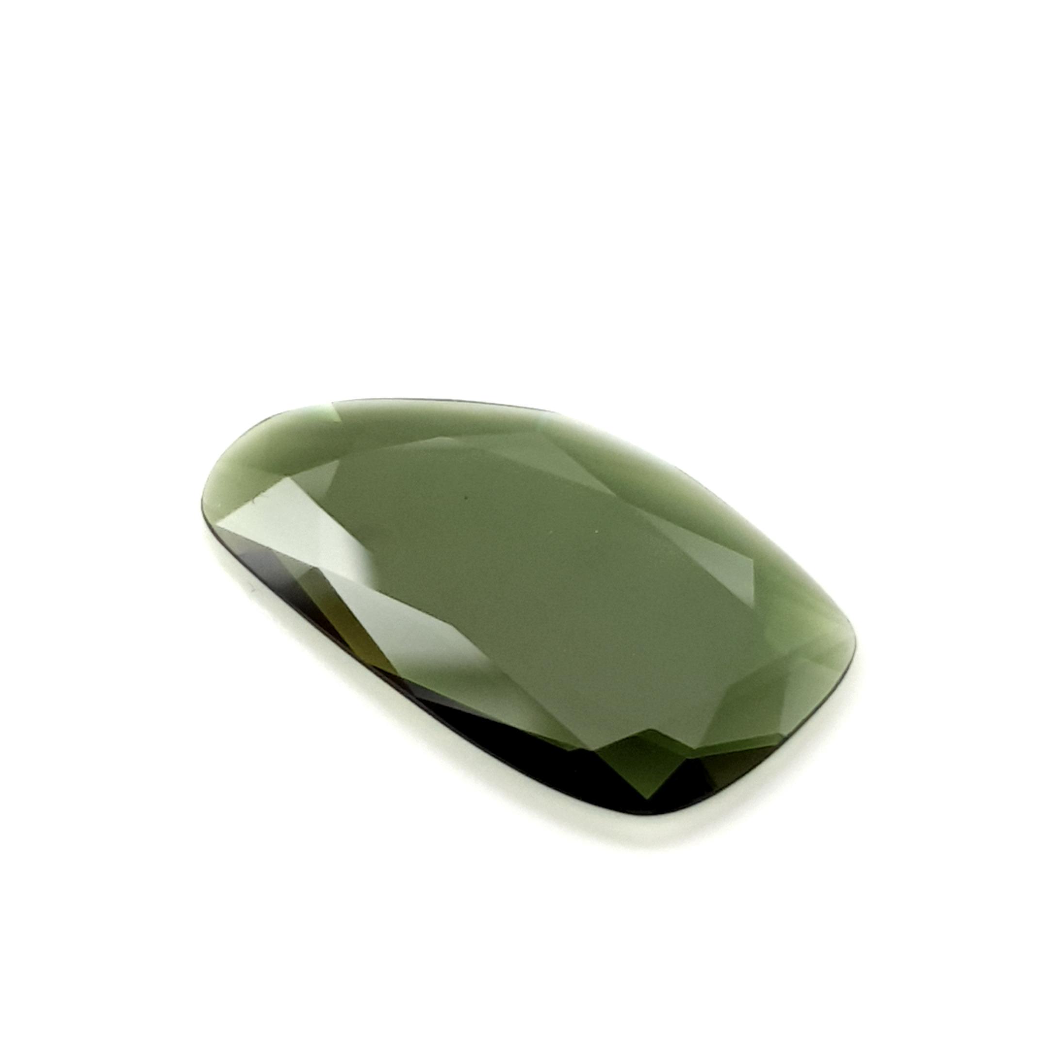 5,28ct. Imperial Green Tourmalin DoubleRoseCut TMA14C31 ClaudiaHamann__2021-02-11-17-24-35