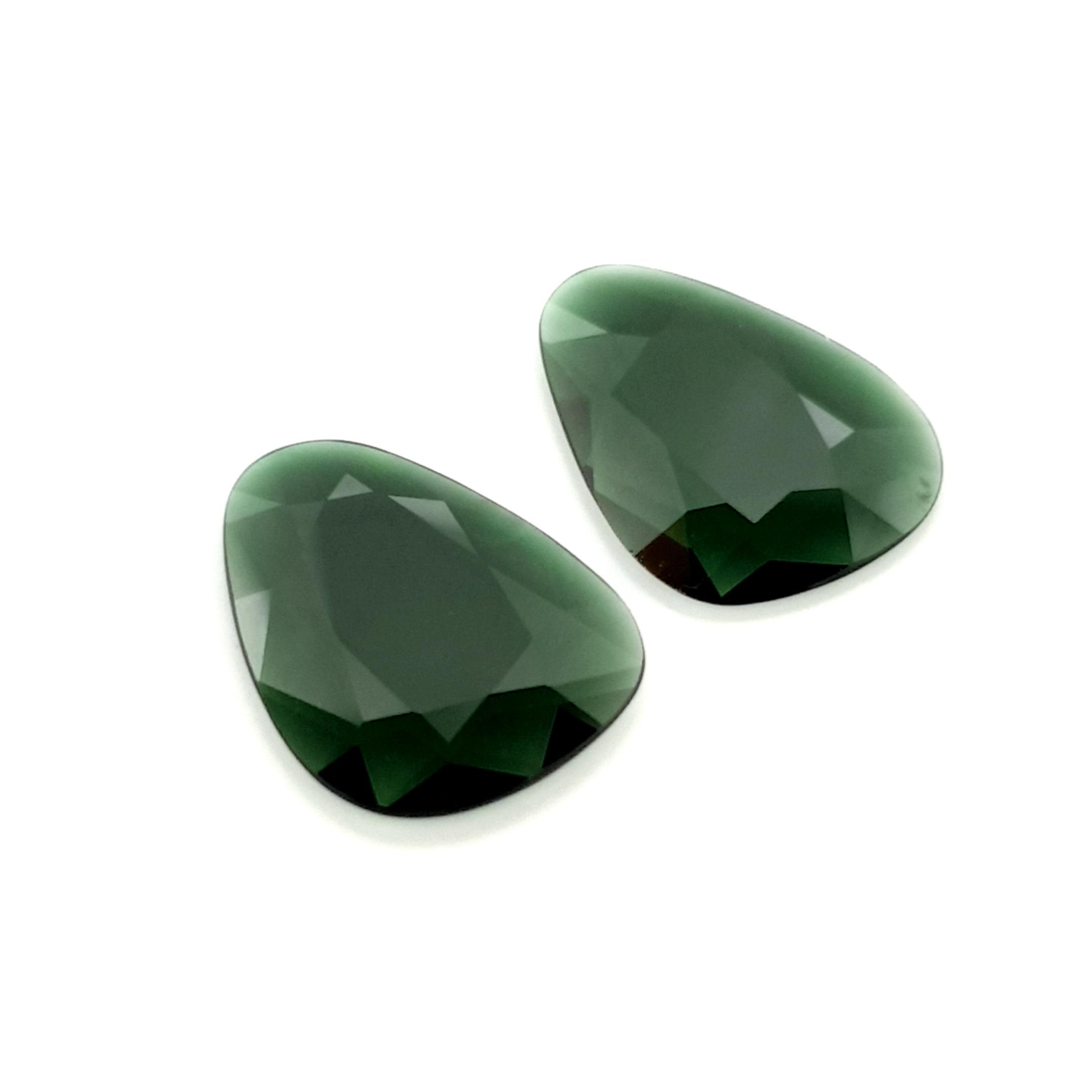 6,24ct. Pair Imperial Green Tourmalin DoubleRoseCut TMJ18C6 ClaudiaHamann__2021-02-11-17-48-04