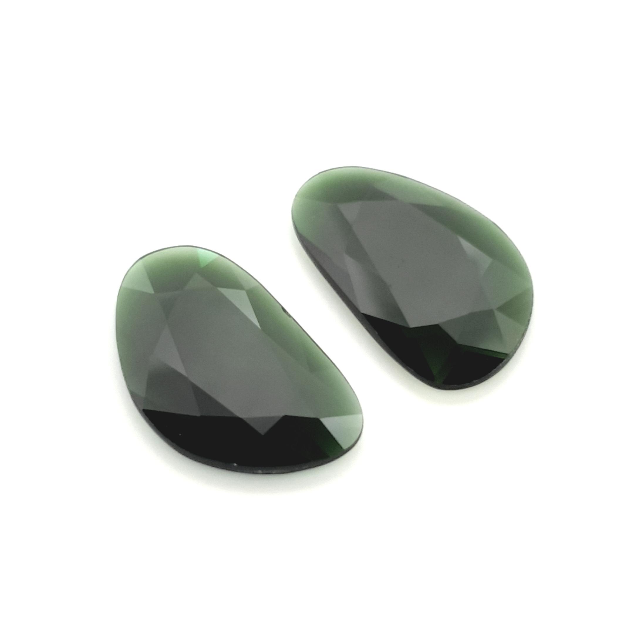 8,38ct.Pair Imperial Green Tourmalin DoubleRoseCut TMC08C3 ClaudiaHamann__2021-02-11-18-16-54