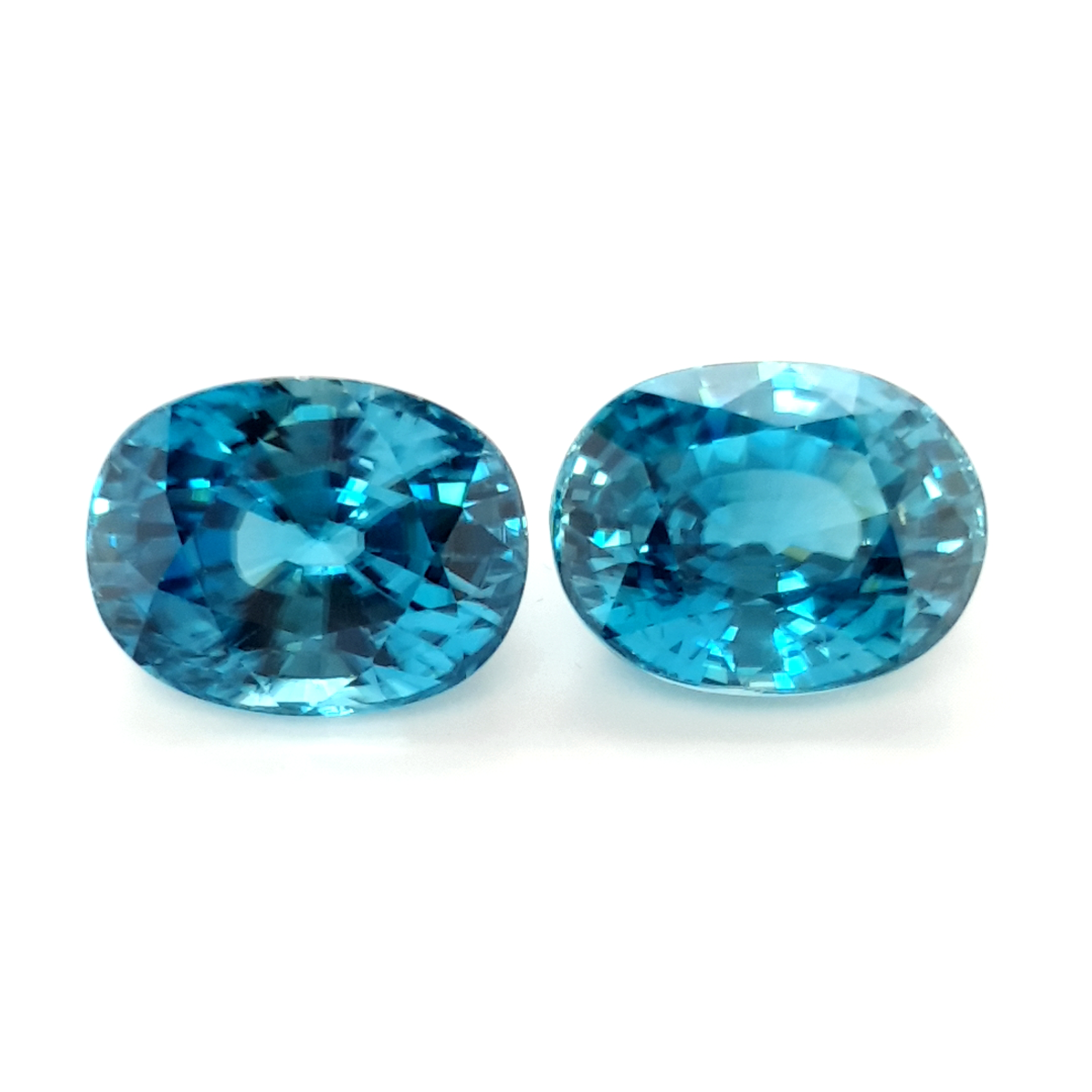 29,71ct. Pair Starlight Blue Sapphire ZCF18D3 ClaudiaHamann__2021-04-16-17-00-46