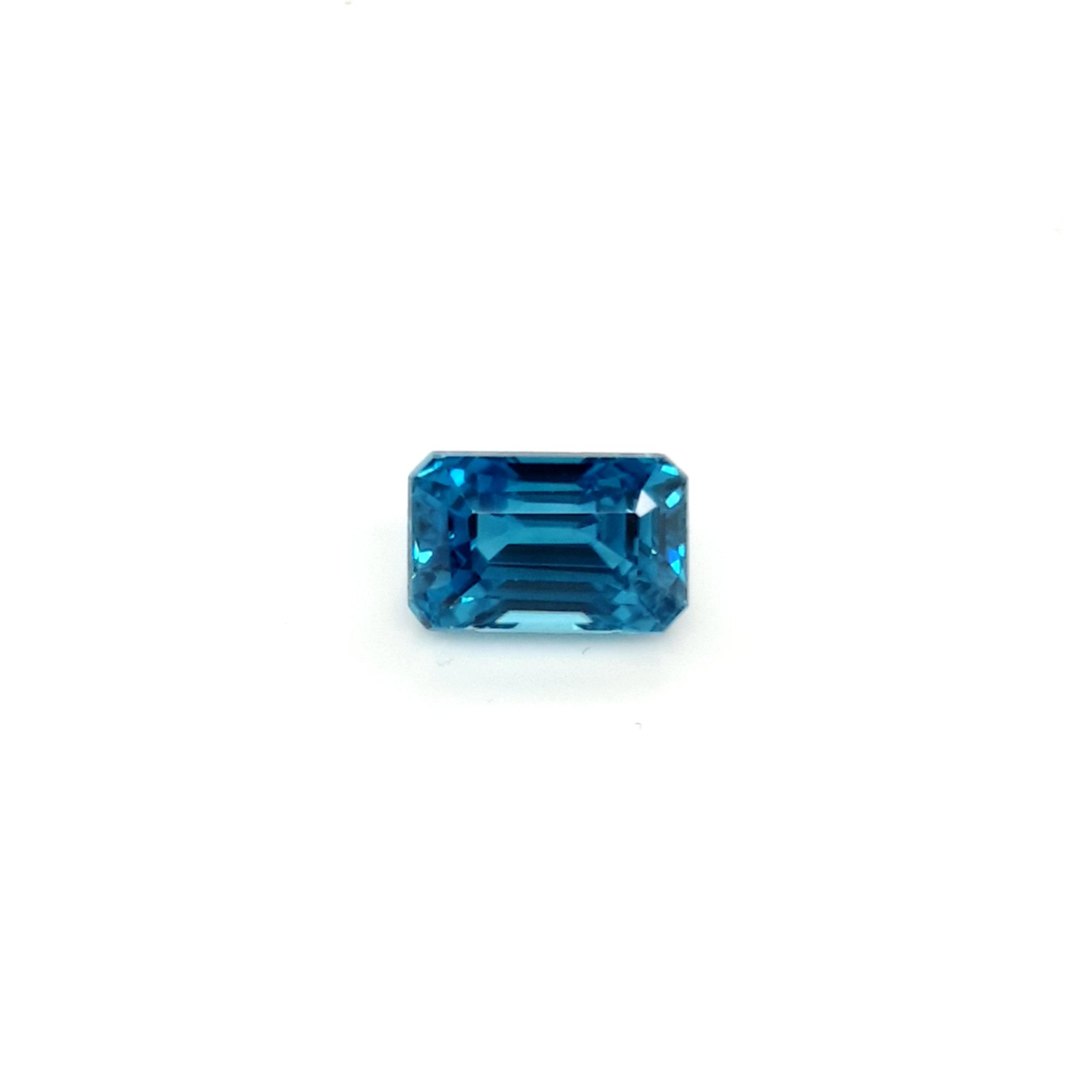 5,30ct. Octagone Starlight Blue Zircon ZCF18D6 ClaudiaHamann__2021-04-15-11-54-16