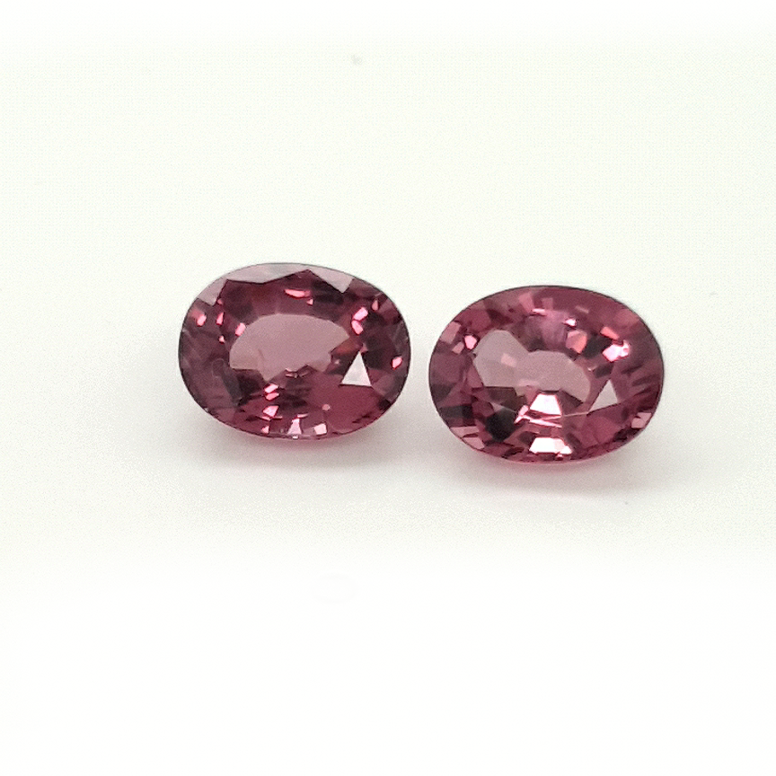 6,31ct. Pair GrapeRed Spinel SNF14C18 ClaudiaHamann__2021-05-22-16-14-26
