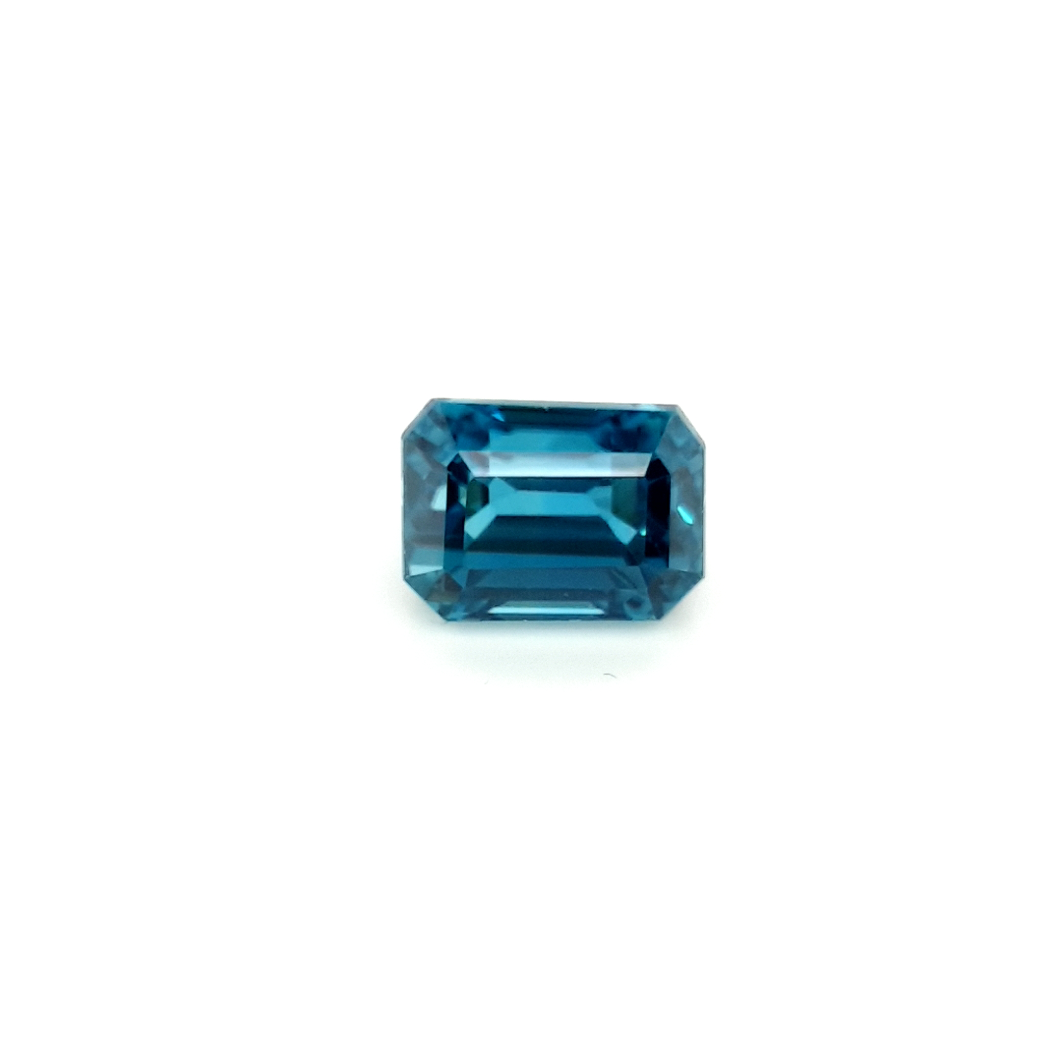 7,75ct. Octagone Starlight Blue Zircon ZCF18D5 ClaudiaHamann__2021-04-15-11-41-25