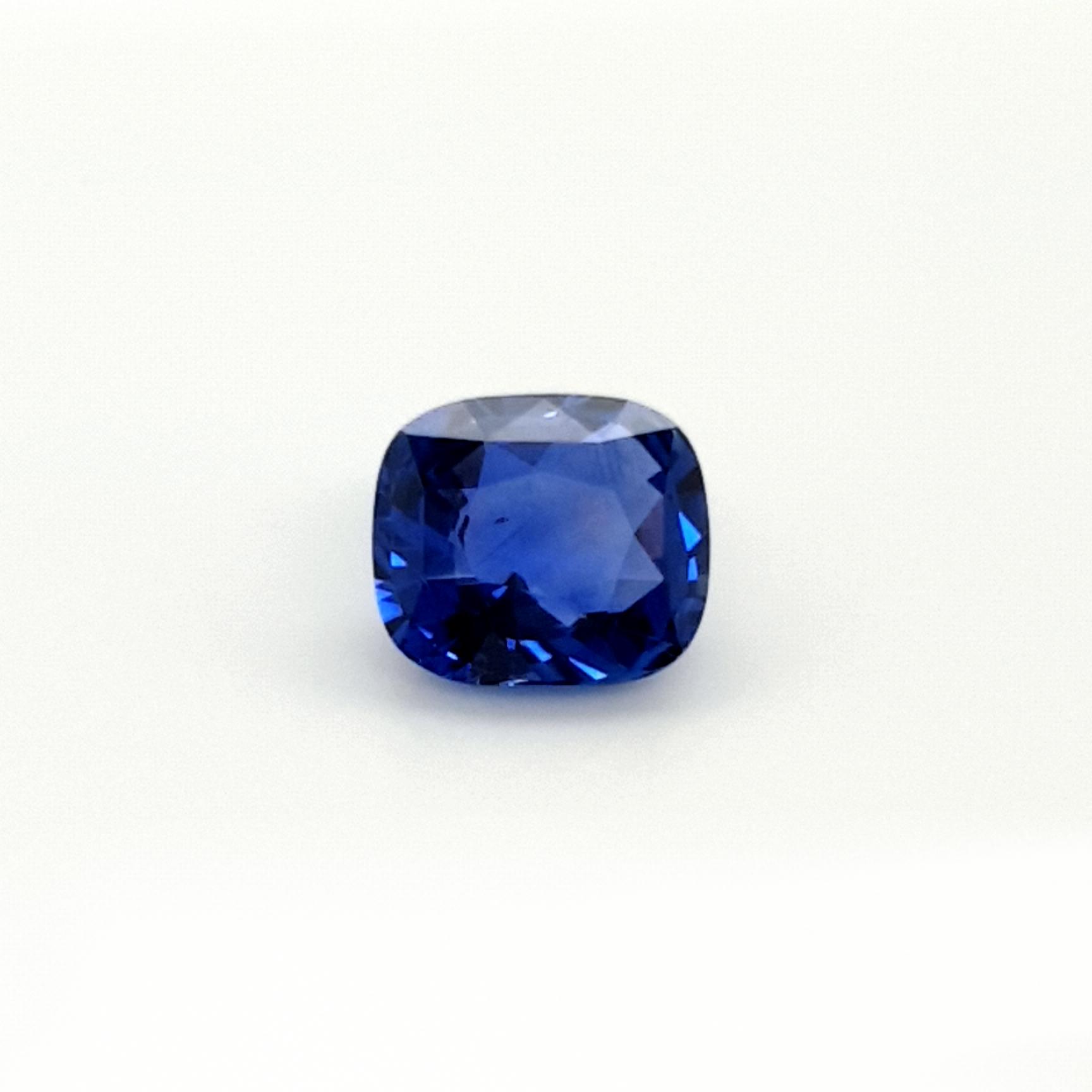 4,01ct. Sapphire Ceylon cert. SAF19D4 ClaudiaHamann__2021-06-02-18-23-24