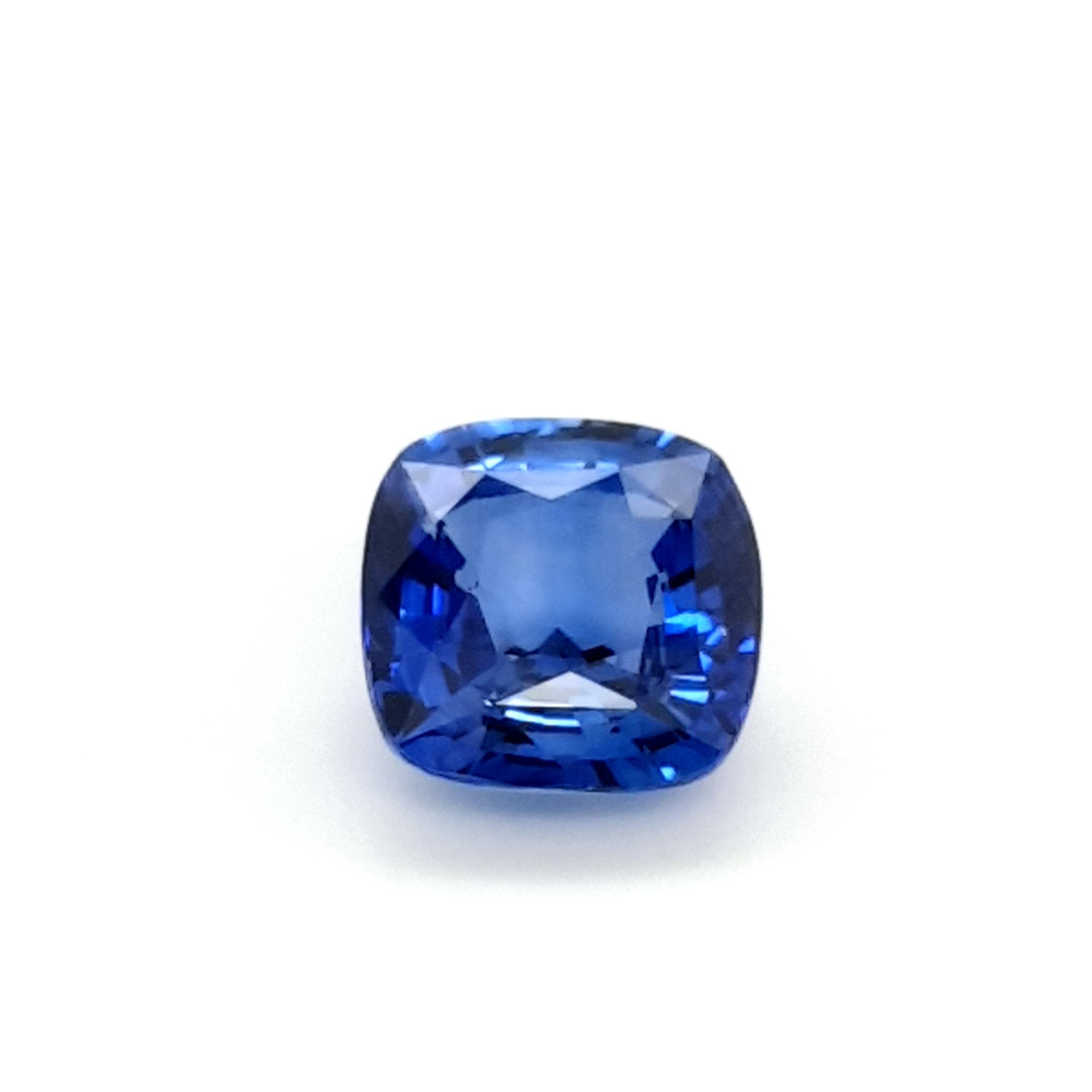 4,80ct. Sapphire Cushion Ceylon cert. SAI17D20 claudiaHamann__2021-06-03-10-58-28