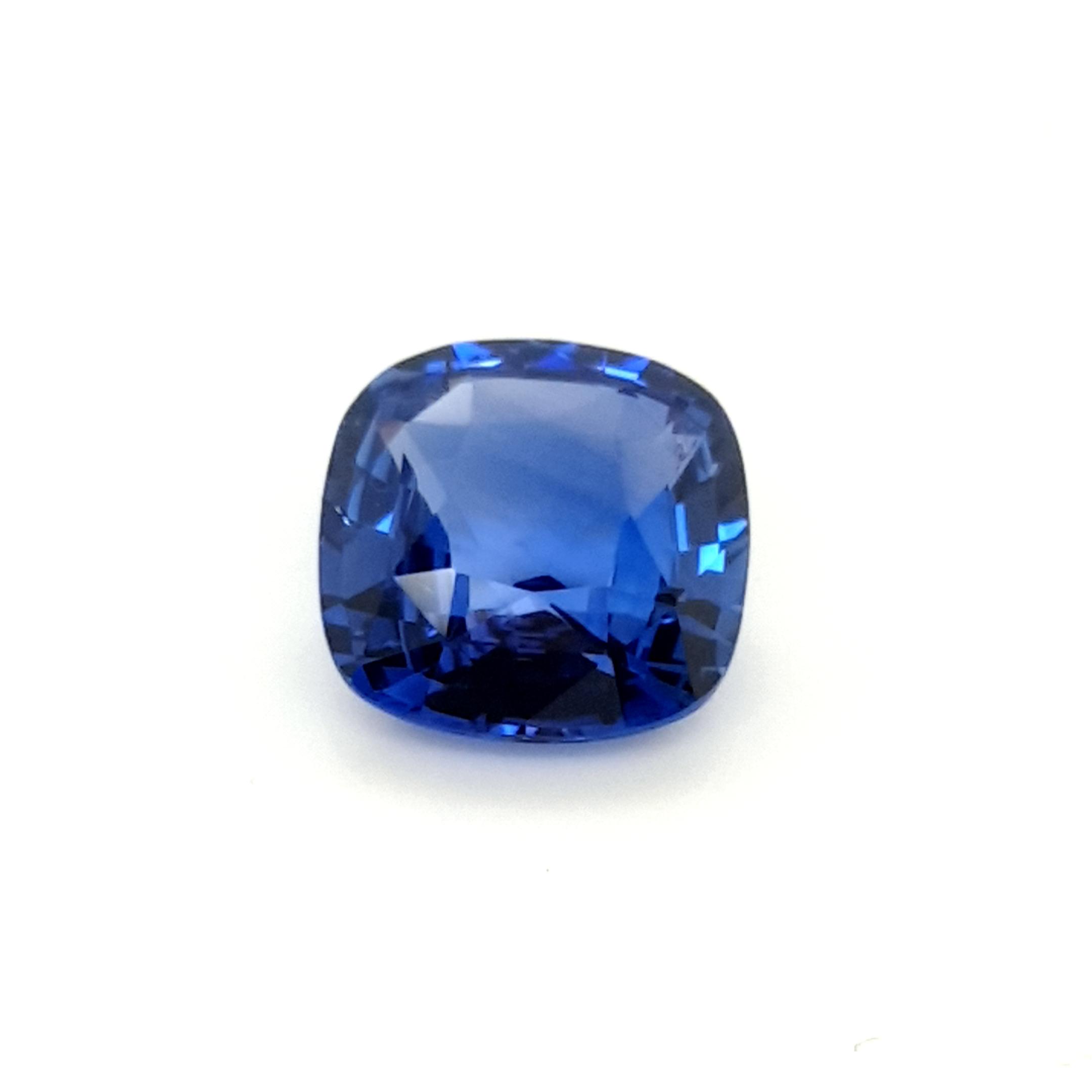 5,53ct. Sapphire Cushion SAI17D19 ClaudiaHamann__2021-06-02-21-48-04