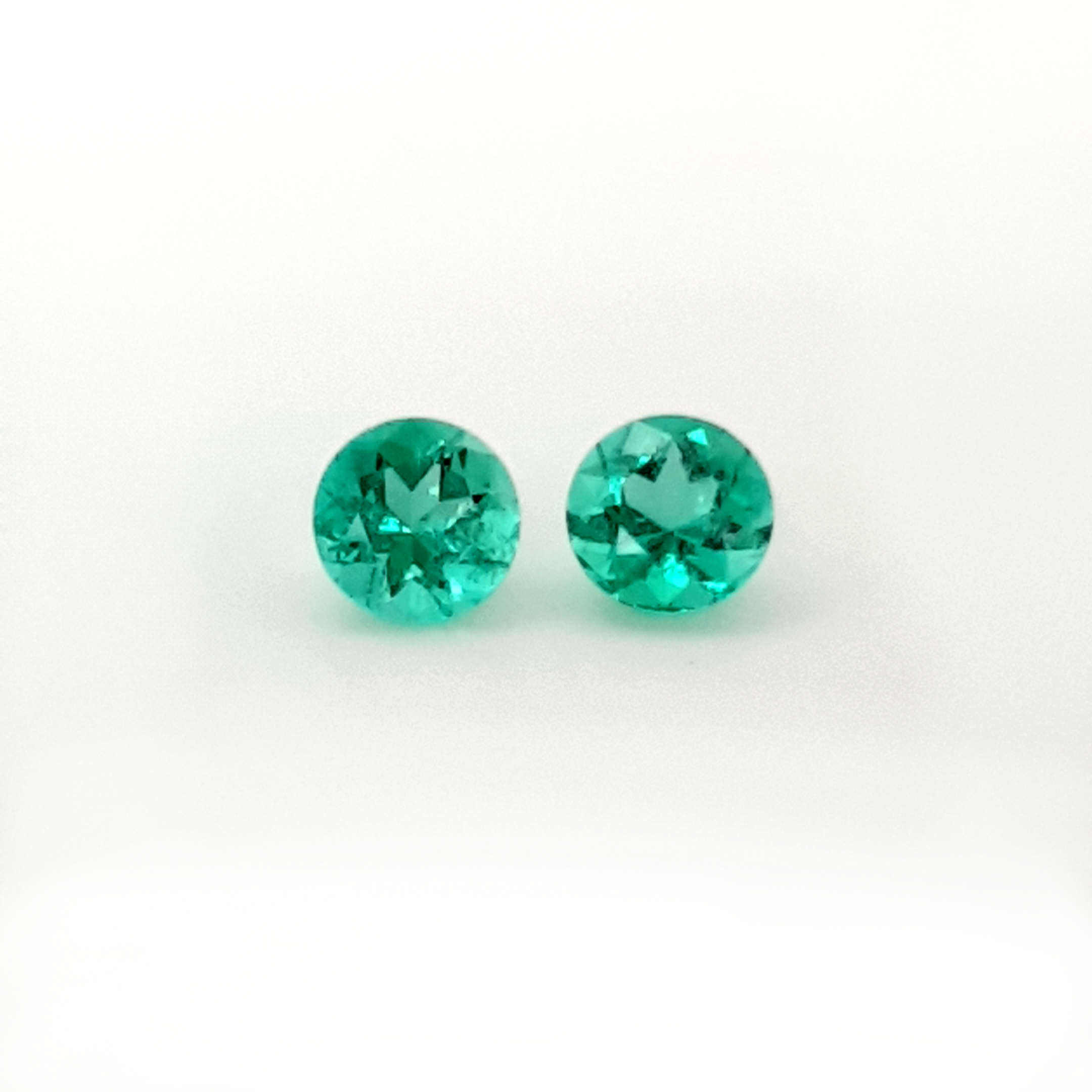 1,74ct. Pair Round Emerald from Colombia EMB21C5 ClaudiaHamann__2021-03-30-00-05-21