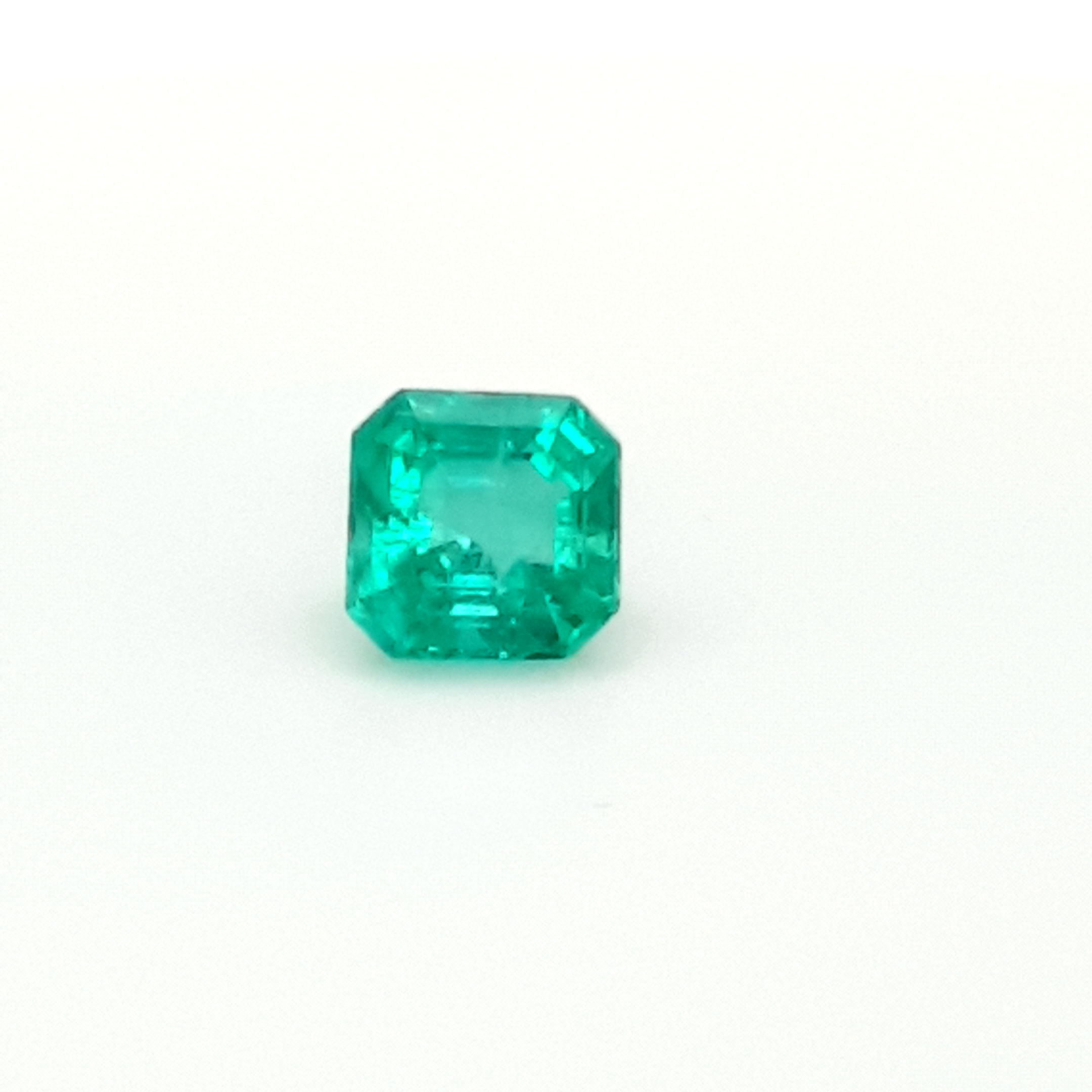 2,44ct. Emerald from Colombia EMH18D8 ClaudiaHamann__2021-03-29-13-49-00