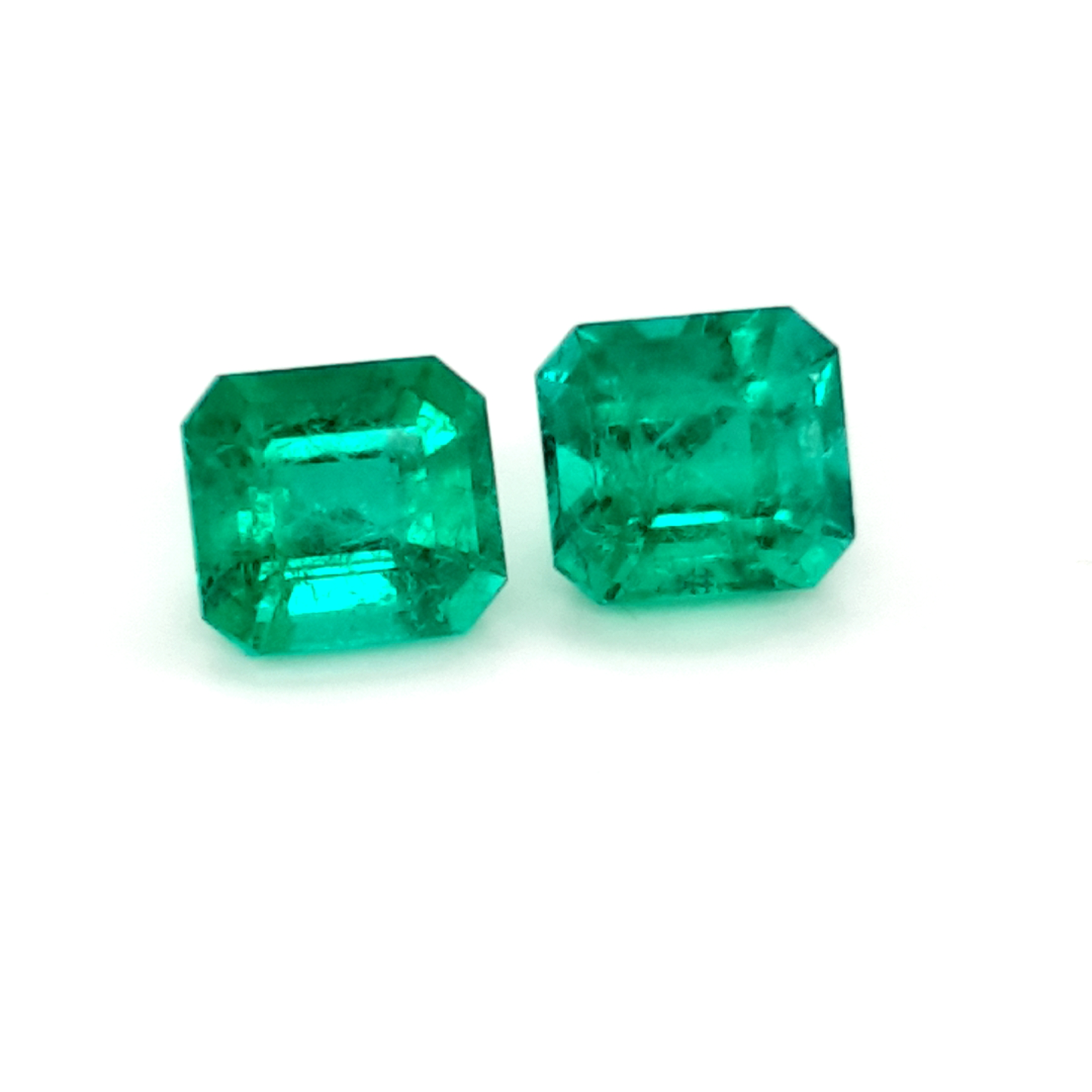 6,74ct. Emerald from Colombia cert. EMI18D4 ClaudiaHamann__2021-03-26-13-25-26